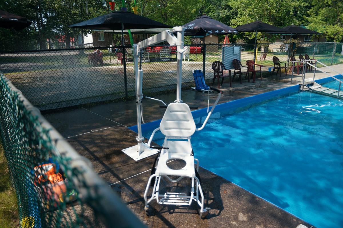 CNL - levier hydraulique pour la piscine