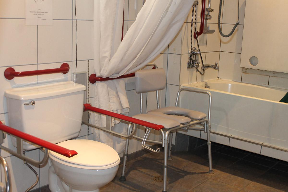 CNL - Salle de bain adaptée